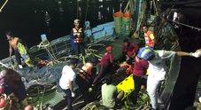 Barca di turisti affonda a Puket: 40 morti e 16 dispersi
