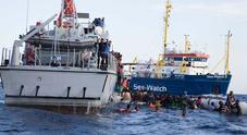 Aquarius, cibo per un giorno. Spagna: «Pronti ad accogliere la nave». Salvini: «L'Italia ha smesso di ubbidire»