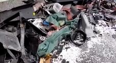 Incidente in A21, morti genitori nello schianto contro un Tir: salvo il figlio di 6 mesi