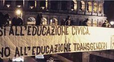 Roma, al Colosseo striscione degli ultras laziali contro Luxuria