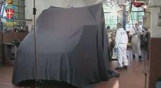 Il furgone di Bossetti davanti alla palestra
