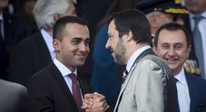 Salvini e Di Maio, siparietto al Quirinale: «Ci vediamo, ci sentiamo...»