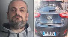 Dà fuoco all'ex moglie, catturato in pizzeria dopo una fuga durata 24 ore