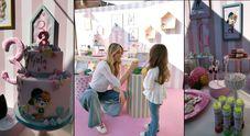 Elena Santarelli, festa tutta rosa per la figlia Greta: torta a due piani, dolci e giochi per il compleanno