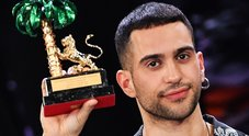 Mahmood e i gay: «Fare coming out non serve a nulla»