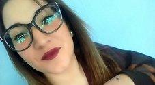 La 16enne non è morta per colpi alla testa