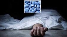Scioglie 12 pillole di Viagra nel cibo del marito per ucciderlo e sposare l'amante: la figlia 16enne scopre l'omicidio