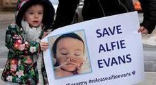 Papa Francesco chiede di pregare per il piccolo Alfie, condannato a morte da una grave malattia