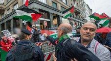 Tensione a Milano: Pro Palestina contro la Brigata Ebraica, sionisti fuori