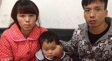 «Lasciate morire nostra figlia»: l'appello disperato dei genitori per la loro piccola malata allo stadio terminale
