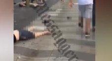VIDEO CHOC/ I corpi senza vita sulla strada