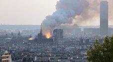 Notre-Dame, il capo dei vigili del fuoco: «Fiamme dal cantiere, come alla Fenice a Venezia»