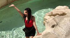 Tuffo all'alba nella Fontana di Trevi due turisti multati per 450 euro. Erano già stati allontanati una volta