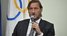 Francesco Totti: «Mi dimetto dal mio ruolo nella Roma. Hanno sempre voluto far fuori i romani. Ho ricevuto un'offerta da una squadra italiana»