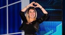 Veronica Satti attacca Monte: «Frasi omofobe». Costretta a cancellarsi da Instagram