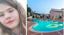 Sperlonga, 13enne muore risucchiata in piscina: «Fatale la potenza dell'idromassaggio»