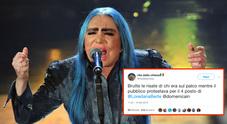 Sanremo, Rita Dalla Chiesa contro i conduttori: «Ridevano della Bertè». E Loredana risponde così