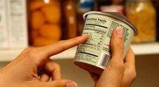 I cibi scaduti che si possono mangiare dopo la data senza rischi per la salute