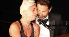 Oscar2019, Lady Gaga e Bradley Cooper vicinissimi: e per qualcuno stava per scattare il bacio