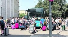 Bus, più linee per la costa (ma pochi lo sanno). E sulle rotte è già lite