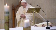 Il Papa: atto insensato