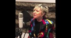 Nadia Toffa pubblica la sua nuova canzone