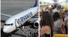 RyanAir, schiaffi tra due sorelle sul volo: l'aereo parte in ritardo di un'ora. Rabbia tra i passeggeri