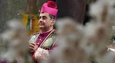 La lettera aperta che inchioda monsignor Delpini: «Lei ha insabbiato gli abusi su mio figlio, si dimetta»