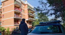 Roma, bimbo cade dal 4° piano alla Giustiniana: tragico incidente, era con mamma e nonna