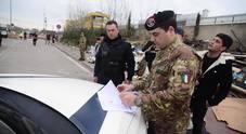 Esercito e Polizia Roma Capitale al campo rom di Via Salviati
