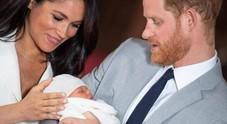 Baby Sussex, battesimo privato per Archie: Harry e Meghan deludono i fan