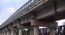 Ponte chiuso ai tir in Calabria: «Si sono abbassati due piloni»