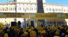 Latte, protesta allevatori sardi avanti ad oltranza davanti a Montecitorio