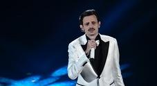 Sanremo 2019, Fabio Rovazzi: dedica al papà morto dal palco dell'Ariston, il pubblico dell'Ariston si commuove
