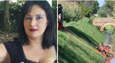 La donna aveva ferite su volto e nuca