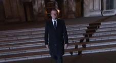 Video/ La lunga camminata al Louvre sulle note dell'Inno alla gioia