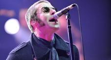 Liam Gallagher interrogato dalla polizia: avrebbe aggredito la fidanzata