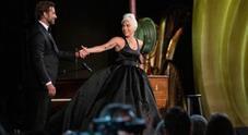 "After Party Oscar, momenti ""intimi"" tra Lady Gaga e Bradley Cooper. E Irina?"