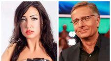 Ciao Darwin, la pornostar Laura Fiorentino salta addosso a Paolo Bonolis: la moglie Sonia Bruganelli reagisce così