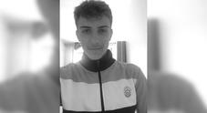 Francia, 19enne del Tours trovato morto nel suo letto