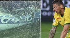 Trovato un corpo tra i rottami dell'aereoLa foto dell'aereo sott'acqua