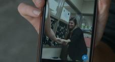 Prof fa sesso con due alunni 14enni. «Foto hot su Snapchat, si faceva chiamare Kim Kardashian»