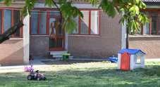 Bari, bimba di tre anni a scuola con bustina di marijuana: la maestra manda la polizia a casa