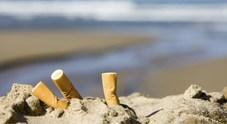 Porto Cesareo, stop a cicche e fumo in spiaggia