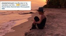 """•""""Una bionda mi ha mandato una foto"""", l'arrivo di Paola da Raz"""