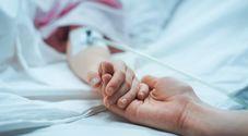 Mamma si risveglia dal coma dopo 28 anni sentendo la voce del figlio