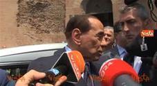 Berlusconi: «Ho visto tutti i suoi film»Video
