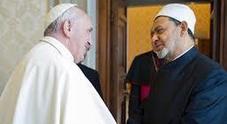 Il Papa choccato: «Violenza brutale contro fedeli»