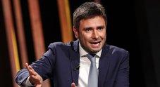 Di Battista: «Salvini sembrava Dudù, Silvio parlava e lui muoveva la bocca»
