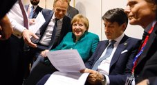 Migranti, caos sull'intesa: è scontro. Gelo Macron-Conte